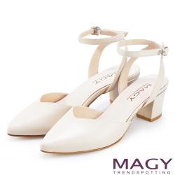 造型交叉牛皮舒適平底涼鞋