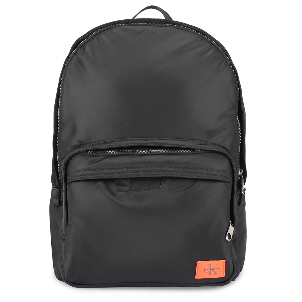 Calvin Klein 經典尼龍LOGO後背包-黑色