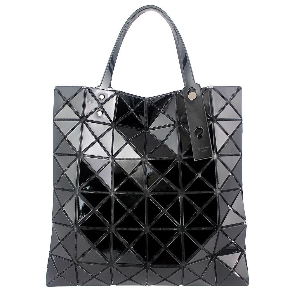 ISSEY MIYAKE 三宅一生BAOBAO三角方格6x6手提包(黑色/小)