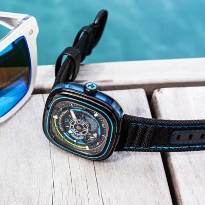 SEVENFRIDAY  P3C/03 海藍 自動上鍊機械錶
