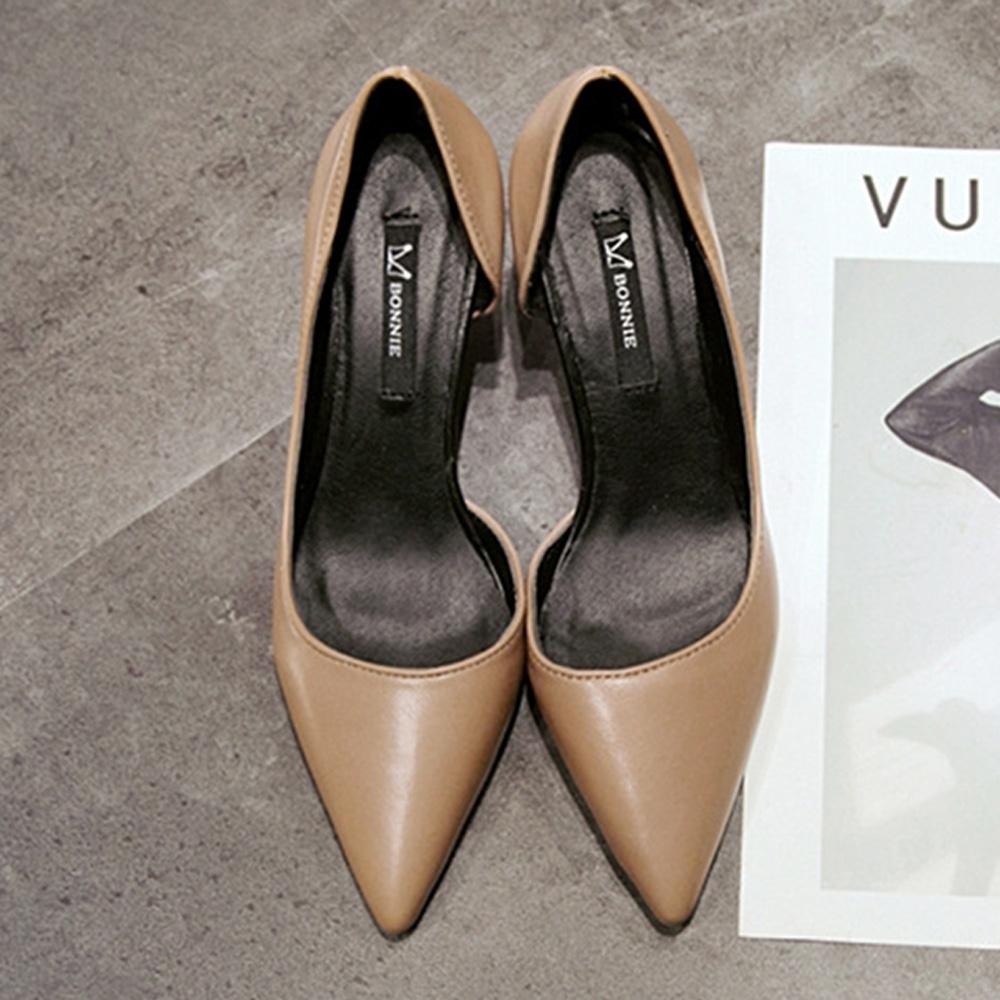 KEITH-WILL時尚鞋館 機能素面百搭尖頭跟鞋-卡其