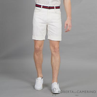 ROBERTA諾貝達 都會品味 時尚百搭平面休閒短褲 白色