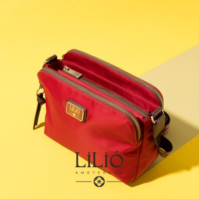 【LILIO】胭脂紅_拉鏈式雙夾層斜背包_簡約生活_SOLID