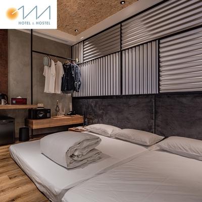 台南【Oinn Hotel & Hostel 巷弄潮旅】和巷四人房平日住宿券