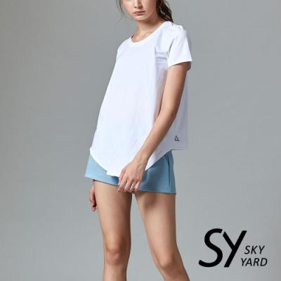 【SKY YARD 天空花園】休閒百搭短袖下擺斜長版造型上衣-白色