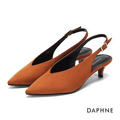 達芙妮DAPHNE 高跟鞋-方釦繞踝繫帶尖頭高跟鞋-棕
