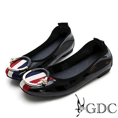 GDC-真皮歐美大牌三線圓釦平底漆皮秋冬包鞋-黑色
