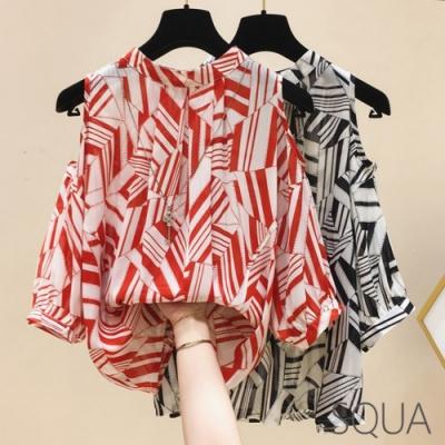 SQUA 寬鬆露肩幾何雪紡上衣-二色-(M~XL)