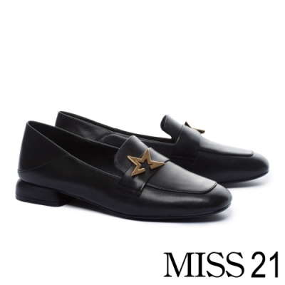 低跟鞋 MISS 21 內斂態度星星釦飾全真皮方頭樂福低跟鞋-黑