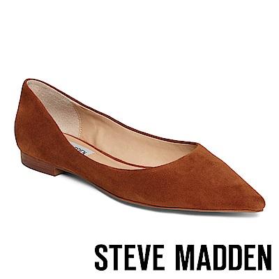 STEVE MADDEN-OTISLY 絨面尖頭低跟鞋-絨咖啡