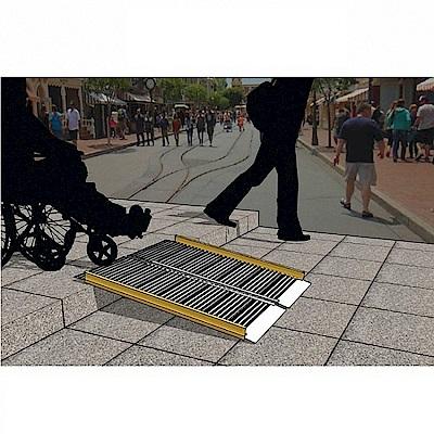 通用無障礙 攜帶式兩片折合式 鋁合金 斜坡板(長145cm、寬74cm)