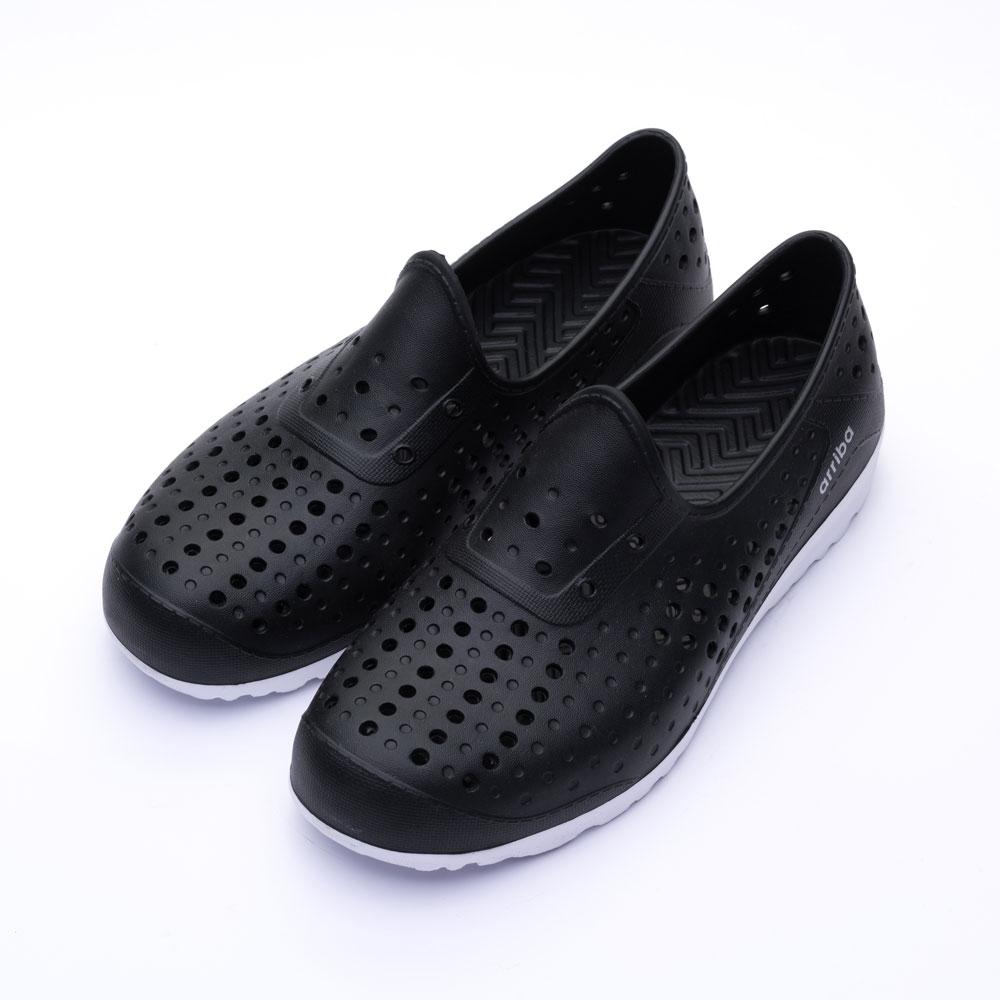 ARRIBA艾樂跑男鞋-洞洞防水休閒鞋-黑白/藍白(62473)