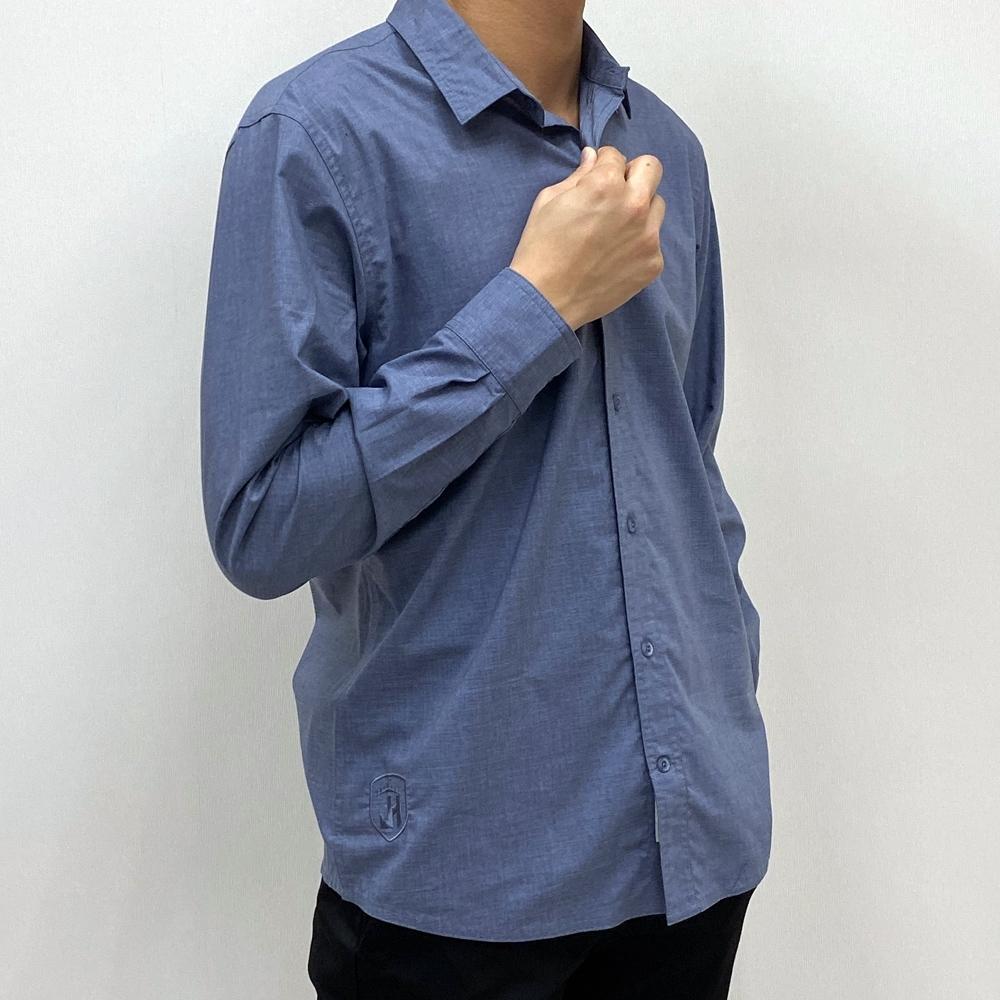 【JOHN HENRY】下襬刺繡圖騰長袖襯衫-兩色選