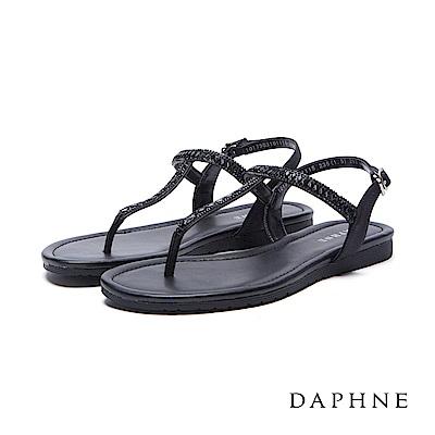 達芙妮DAPHNE涼鞋-菱形水鑽拼貼T字平底涼鞋-黑