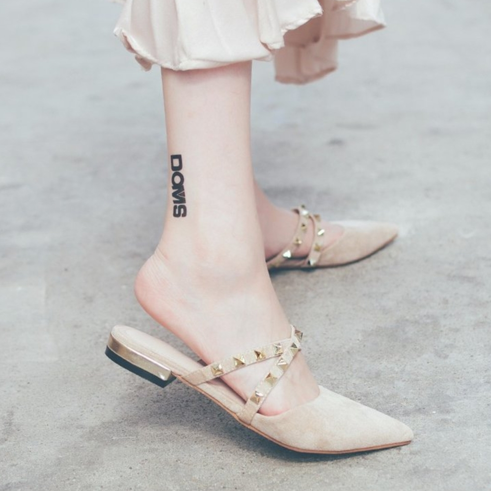 LN 現+預 百搭鉚釘尖頭穆勒鞋-2色