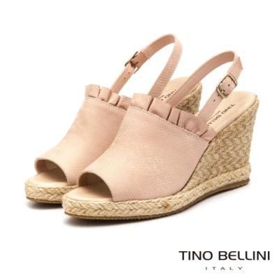 Tino Bellini巴西進口夢幻抓摺魚口藤編楔型涼鞋_粉膚