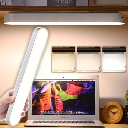 EZlife可手持充電式酷璧LED燈(贈毛氈六角璧貼)