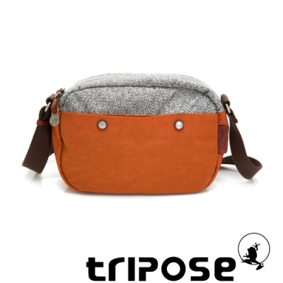 tripose 漫遊系列 岩紋x微皺尼龍斜背包 鮮橙橘