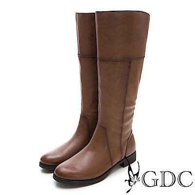 GDC-真皮美西率性設計感秋冬長靴-可可色