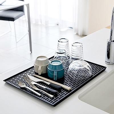 日本【YAMAZAKI】tower極簡瀝水盤(黑)★廚房用品/茶水間/瀝水盤/置物盤