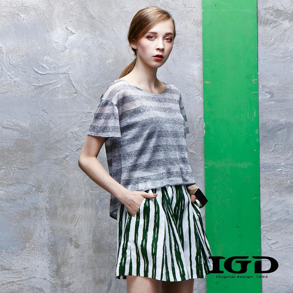 IGD英格麗 斜開不規則下擺銀蔥條紋上衣