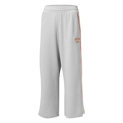 PUMA-女性流行系列OG刺繡寬口褲-淺灰-歐規