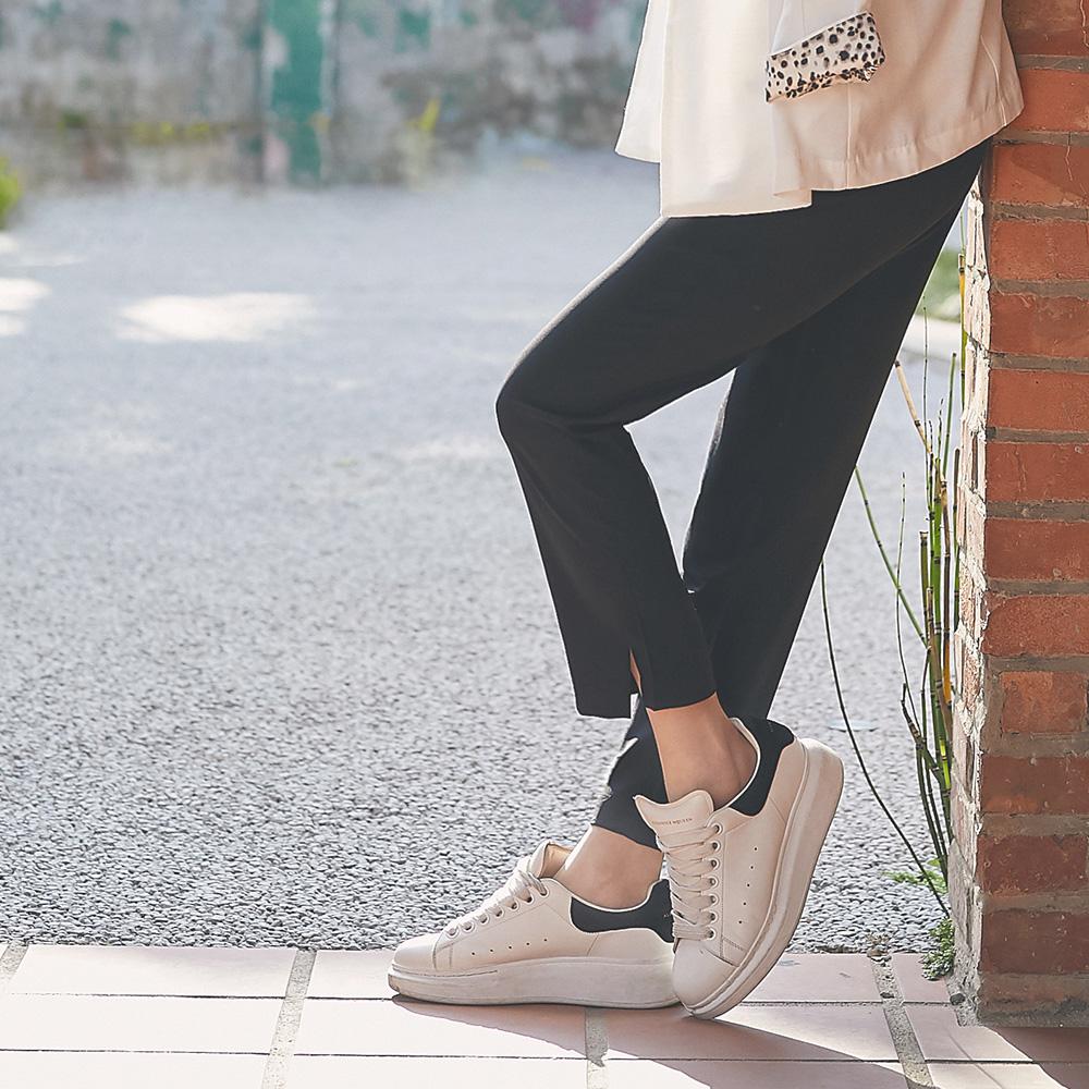 IREAL 褲腳小開岔純色柔感西褲