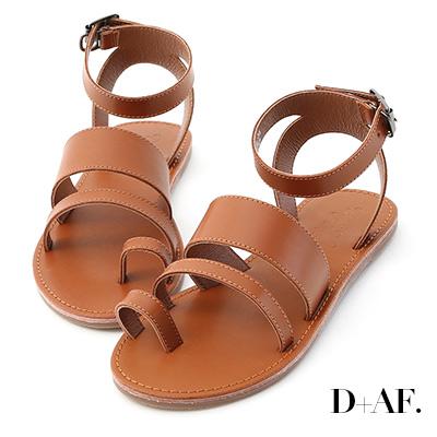 D+AF 個性焦點.一字寬帶套指平底涼鞋*棕
