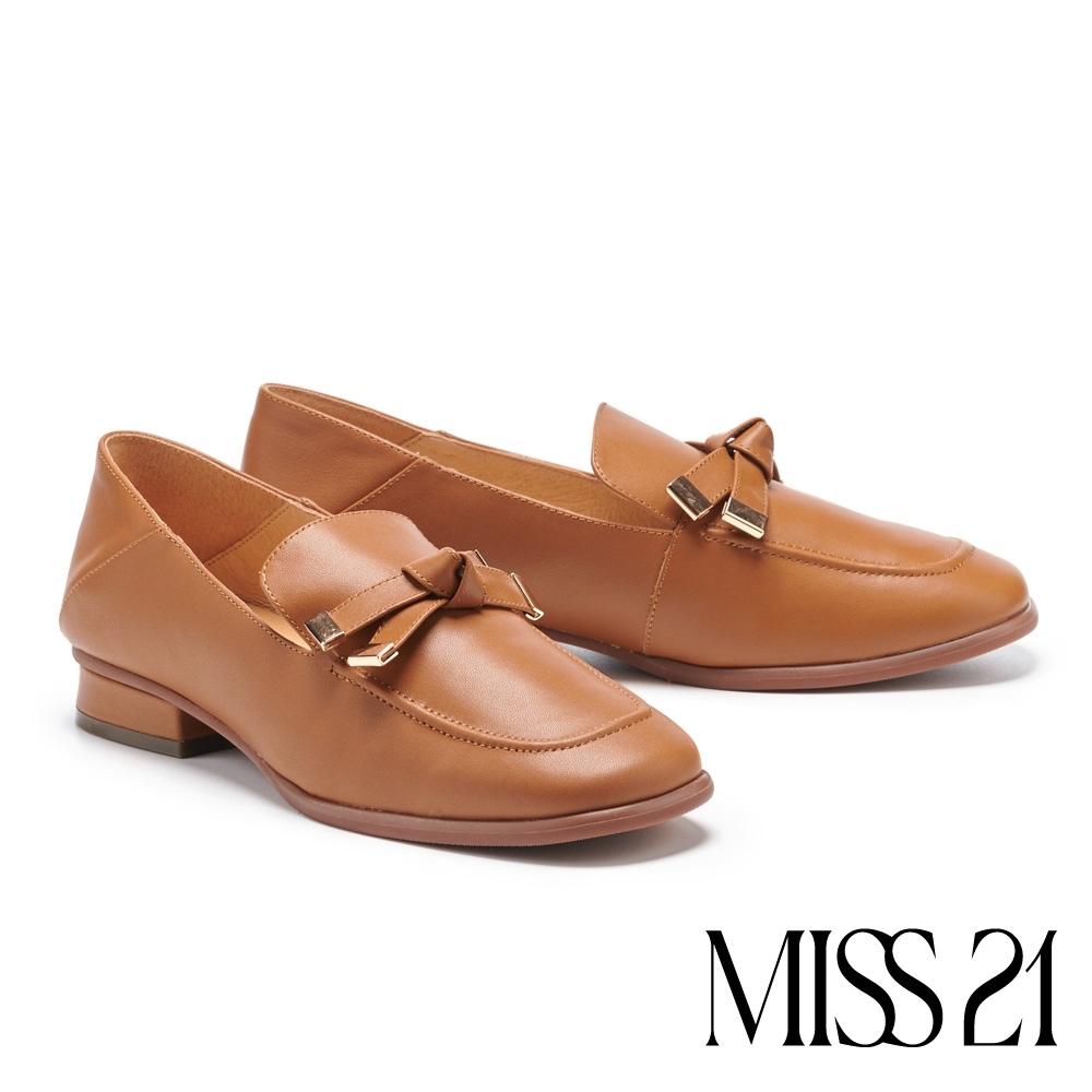 低跟鞋 MISS 21 極簡復古蝴蝶結設計牛皮方頭粗跟鞋-咖