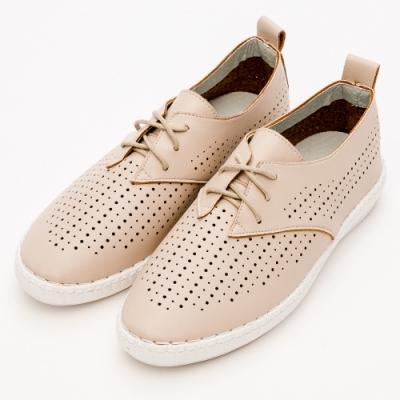 River&Moon文青時尚-超Q軟洞洞綁帶休閒便鞋-杏
