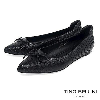 Tino Bellini 真皮神祕蛇紋小蝴蝶結平底娃娃鞋 _ 黑