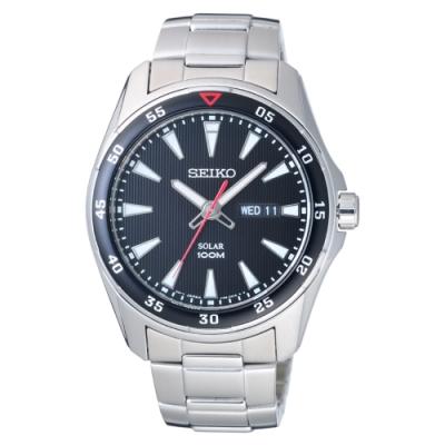 SEIKO 俐落時尚型男太陽能腕錶-銀X黑-SNE393P1-43mm