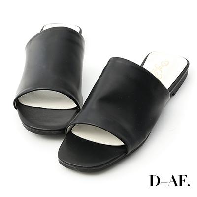 D+AF 極簡質感.超軟方頭寬版一字拖鞋*黑
