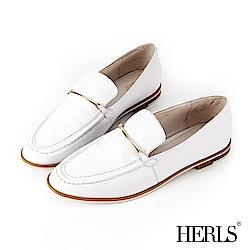 HERLS 都會休閒 全真皮壓紋拼接一字金釦樂福鞋-白