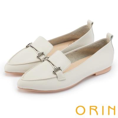 ORIN 優雅品味 金屬飾釦牛皮平底樂福鞋-米色