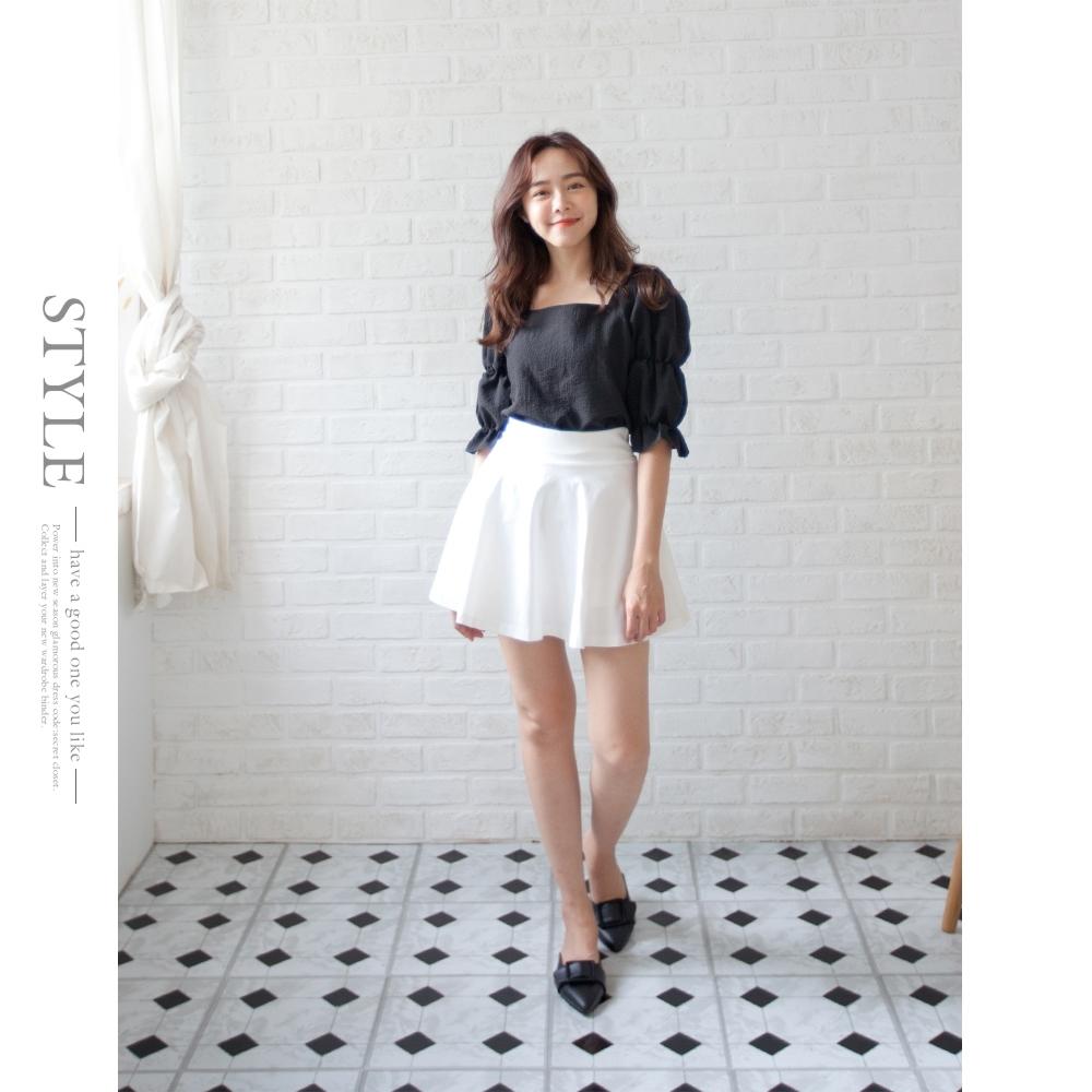 Secret Closet-高腰包臀A字百褶短裙 (白色)