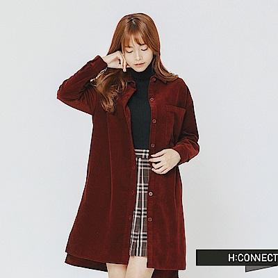 H:CONNECT 韓國品牌 女裝-單口袋燈芯絨長版襯衫-紅