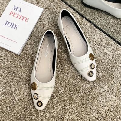 韓國KW美鞋館 薔薇花漾金屬裝飾平底淑女鞋-米