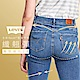 Levis 女款 Revel高腰緊身提臀牛仔長褲 超彈力塑形布料 精工中藍染水洗 褲管不規則撕邊 product thumbnail 2