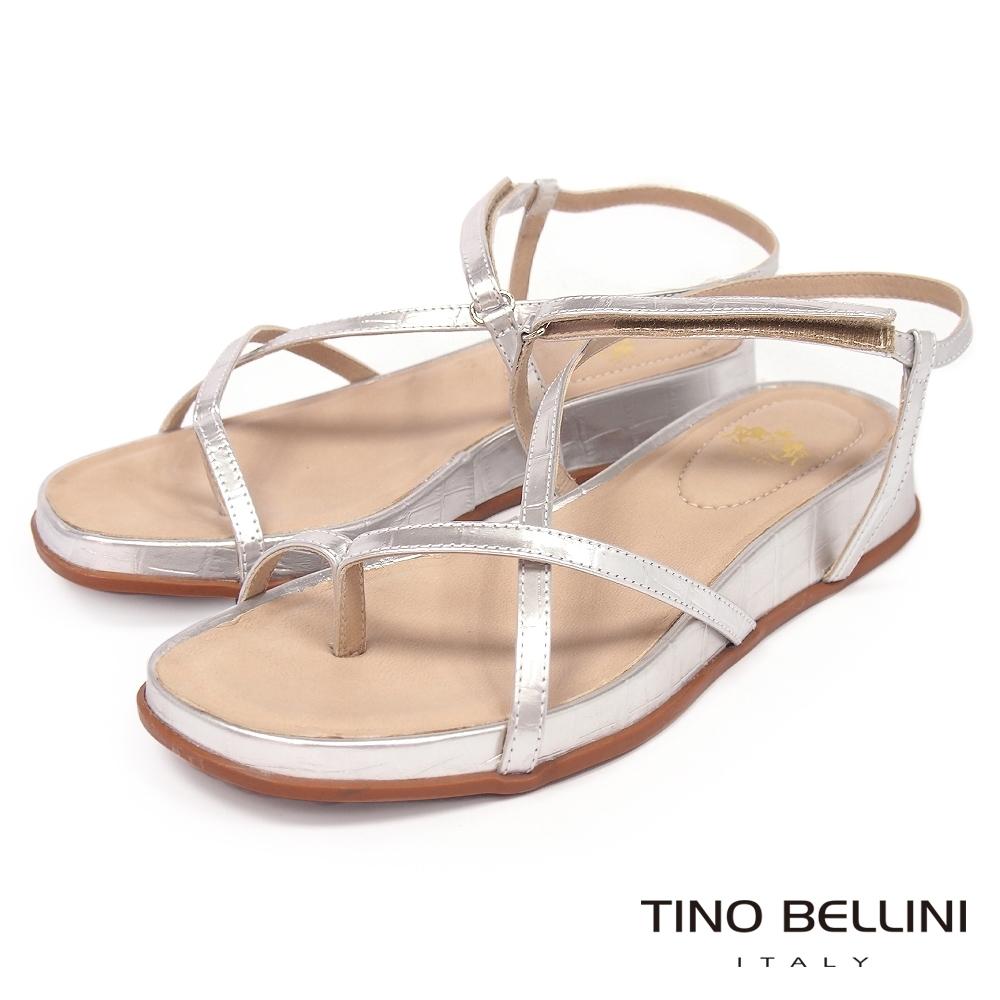 Tino Bellini 巴西進口細帶線條小坡跟夾腳涼鞋-銀