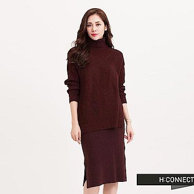 H:CONNECT 韓國品牌 女裝 - 設計織紋高領毛衣-紅(快)