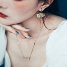 COR-DATE|銅片銀杏葉耳環|水鑽