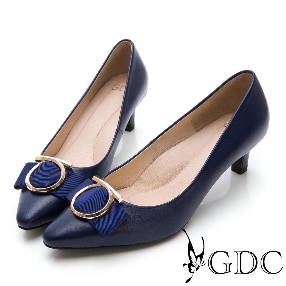GDC-尖頭歐美大器圓釦真皮蝴蝶結中跟包鞋-藍色