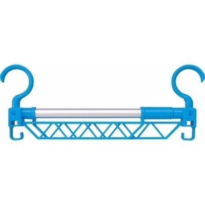 日本COGIT 可伸縮曬衣架晾衣架附掛勾384455(三角設計衣服不滑走;耐重5kg)