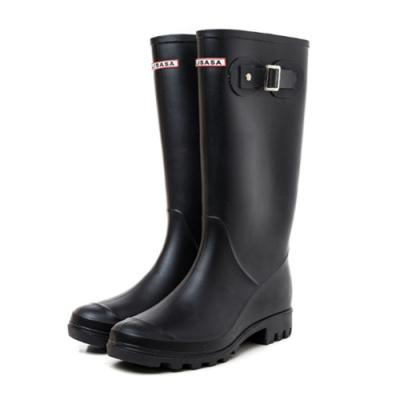 韓國KW美鞋館-輕奢女神防水扣環輕量雨鞋雨靴 黑