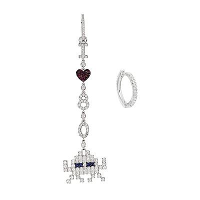 apm MONACO法國精品珠寶 閃耀銀色鑲鋯愛心太空戰士耳針式耳環