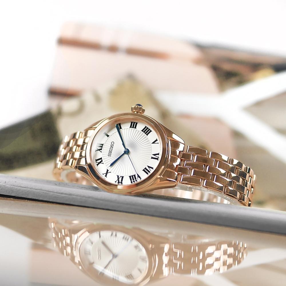 SEIKO 精工 經典簡約 放射狀錶盤 羅馬刻度 不鏽鋼手錶-白x鍍玫瑰金/29mm