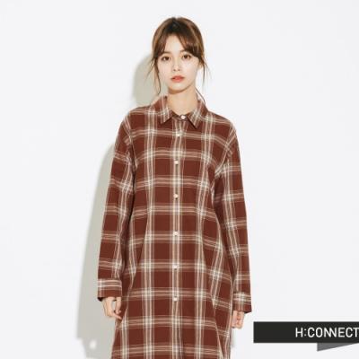 H:CONNECT 韓國品牌 女裝-休閒長版格紋襯衫-棕