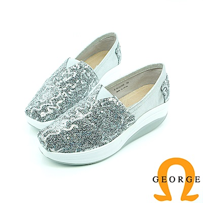 【GEORGE 喬治皮鞋】舒適系列 V字彈力亮片休閒鞋-白色