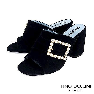 Tino Bellini 義大利進口微抓皺珍珠飾釦高跟魚口涼鞋 _ 黑